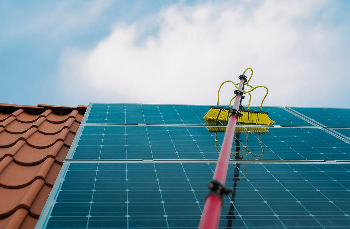 Solarreinigung und Photovoltaik Reinigung